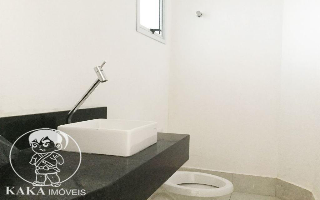 KAKA IMOVEIS CONDOMINIO FECHADO Vila Formosa 42078 03 suítes, sala espaçosa, cozinha, banheiro, lavabo, lavanderia, terraço gourmet com churrasqueira e 04 vagas na garagem subterrânea.   - Excelente localização, área residencial, próxima ao shopping Anália Franco.