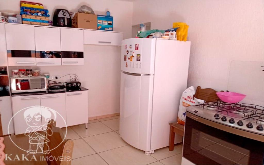 KIKUDOME IMOVEIS CASA Parque Tomas Saraiva 45380 02 dormitórios, sala, cozinha, banheiro, área de serviço, quintal, corredor e entrada lateral e 2 vagas de garagem.