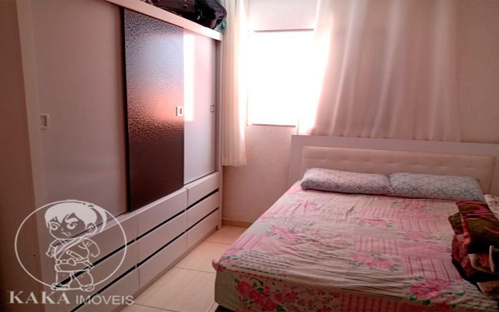KIKUDOME IMOVEIS CASA Parque Tomas Saraiva 45385 02 dormitórios, sala, cozinha, banheiro, área de serviço, quintal, corredor e entrada lateral e 2 vagas de garagem.