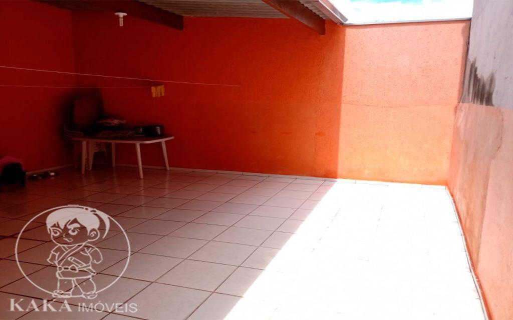 KIKUDOME IMOVEIS CASA Parque Tomas Saraiva 45372 02 dormitórios, sala, cozinha, banheiro, área de serviço, quintal, corredor e entrada lateral e 2 vagas de garagem.