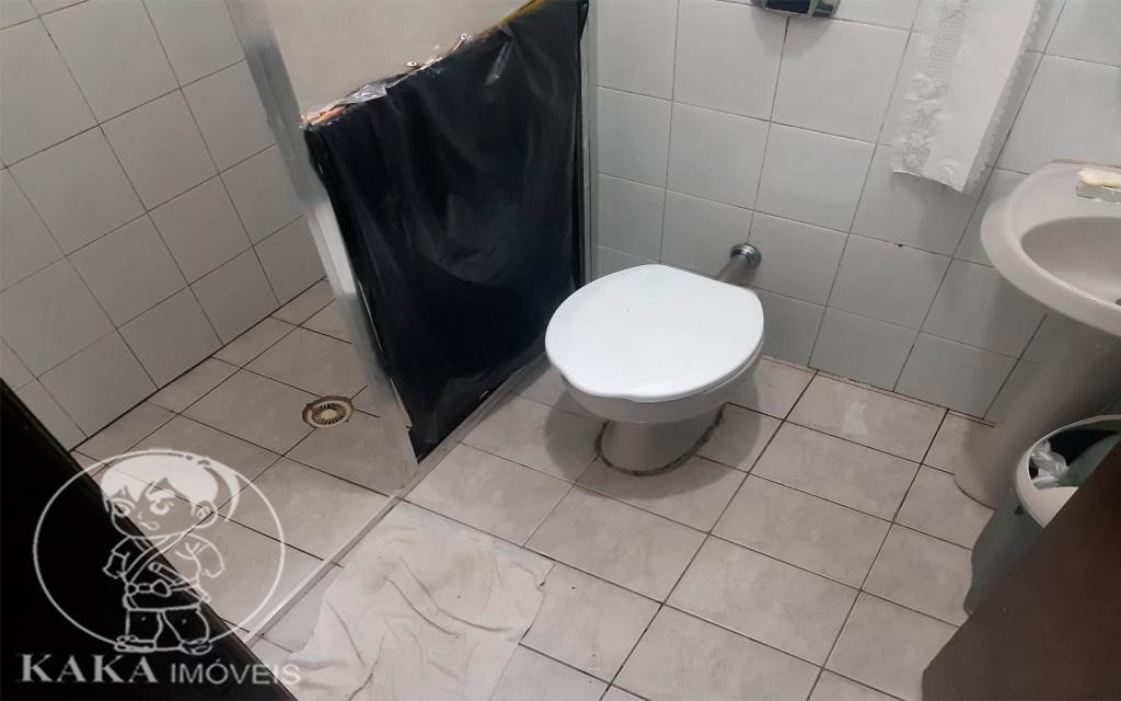 9b32cebf-f686-44cb-9bde-7e441d15eb5d-KIKUDOME IMOVEIS SOBRADO Vila Diva 46418 02 dormitórios sendo 01 suíte, sala, cozinha, 02 banheiros, área de serviço e  02 vagas de garagem.