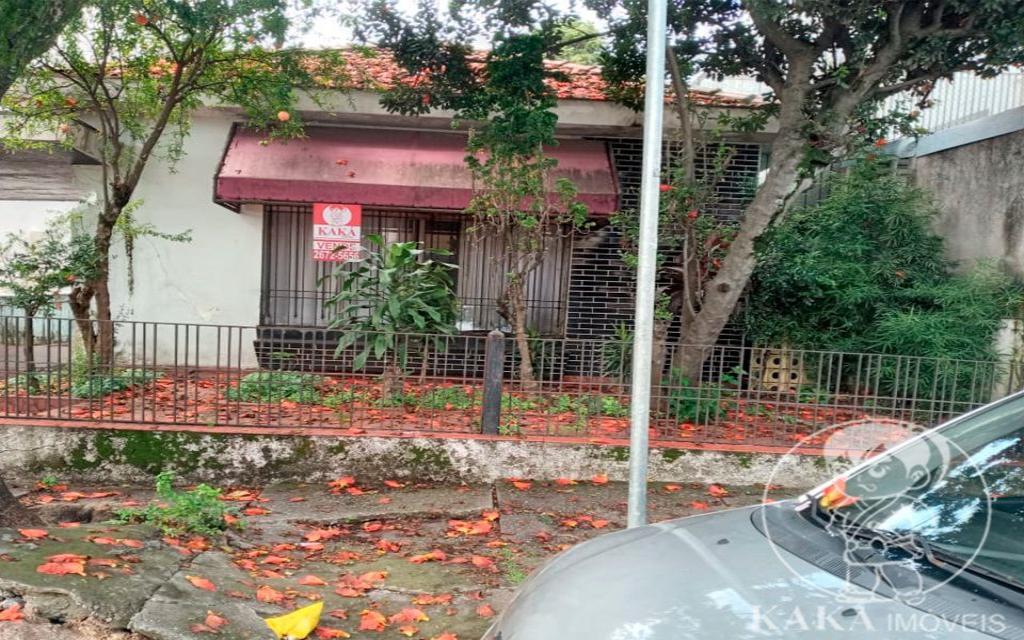 KIKUDOME IMOVEIS CASA Vila Carrao 44802 02 dormitórios, sala, copa e cozinha, banheiro, área de serviço, quintal, entrada lateral e 08 vagas de garagem. Nos fundos, 01 quarto, sala e cozinha.   Medidas: 10,50 X 40,00