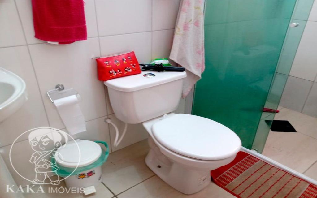 KIKUDOME IMOVEIS CASA Parque Tomas Saraiva 45377 02 dormitórios, sala, cozinha, banheiro, área de serviço, quintal, corredor e entrada lateral e 2 vagas de garagem.