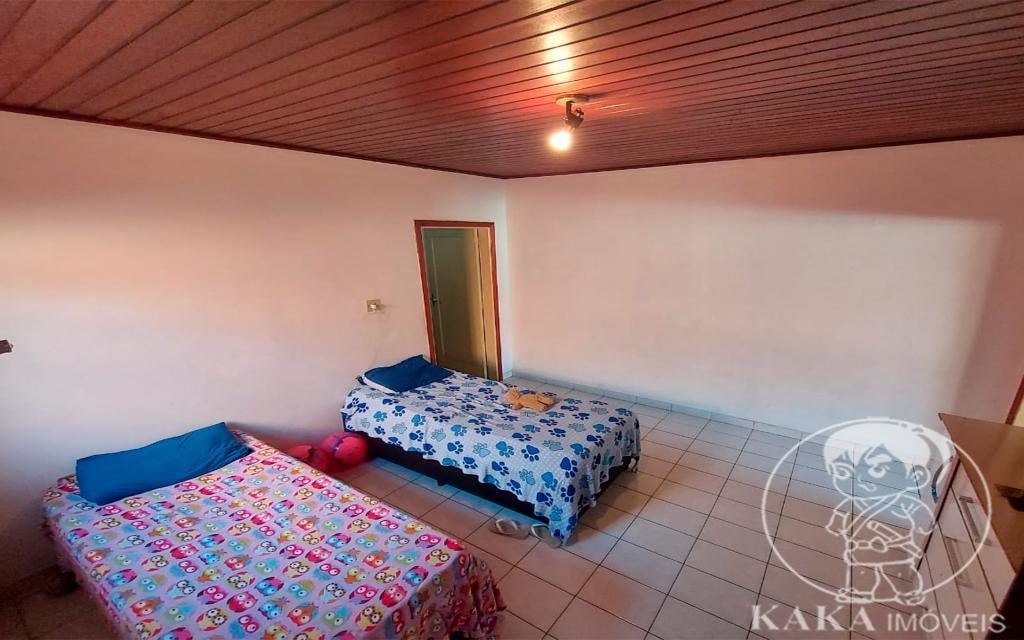 be48ec41-7e4a-4f47-b440-2920dd5864ac-KIKUDOME IMOVEIS CASA Vila Formosa 45720 02 dormitórios, sala, banheiro, área de serviço e 01 vaga de garagem.