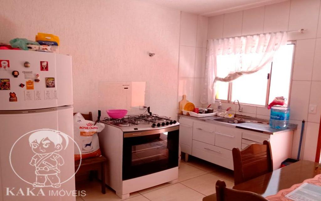 KIKUDOME IMOVEIS CASA Parque Tomas Saraiva 45383 02 dormitórios, sala, cozinha, banheiro, área de serviço, quintal, corredor e entrada lateral e 2 vagas de garagem.