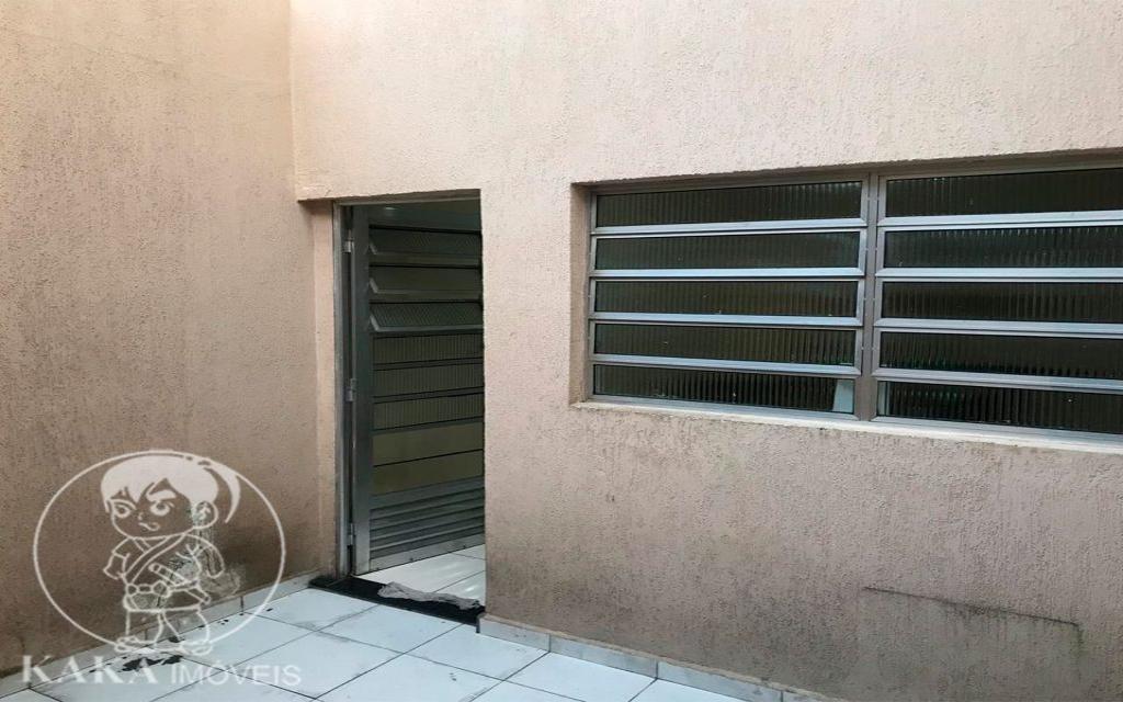 KAKA IMOVEIS SOBRADO Jardim Piqueroby 39466 02 dormitórios, sala, cozinha com armários, banheiro, área de serviço, e 01 vaga de garagem.
