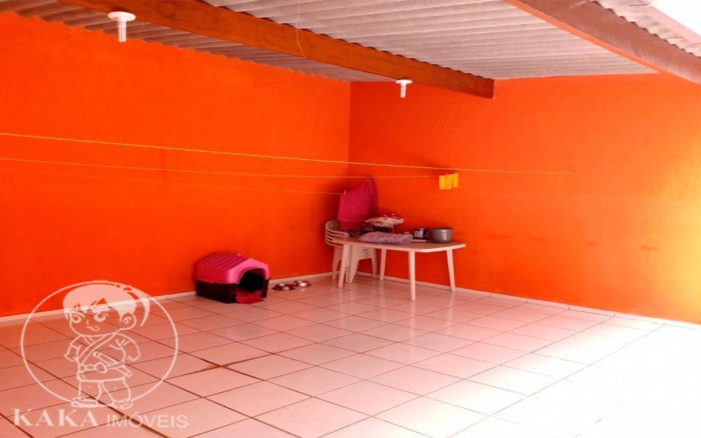 KIKUDOME IMOVEIS CASA Parque Tomas Saraiva 45374 02 dormitórios, sala, cozinha, banheiro, área de serviço, quintal, corredor e entrada lateral e 2 vagas de garagem.