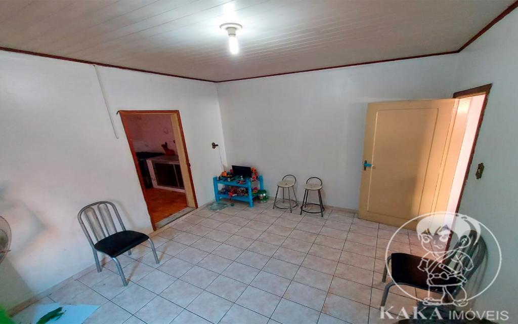 ef26d323-104e-42c1-8504-b04544ddf86a-KIKUDOME IMOVEIS CASA Vila Formosa 45721 02 dormitórios, sala, banheiro, área de serviço e 01 vaga de garagem.