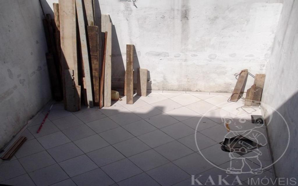 KAKAIMOVEIS SOBRADO Vila Carrao 15268 Entre a Vila Formosa e a Vila Carrão estão esses sobrados novos com acabamento de bom gosto e qualidade.   3 suítes (2 com sacada). Sala ampla para 2 ambientes. Lavabo. Copa e cozinha. Lavanderia. Churrasqueira. Salão de festas. 5 vagas no subsolo com acesso para sobrado.