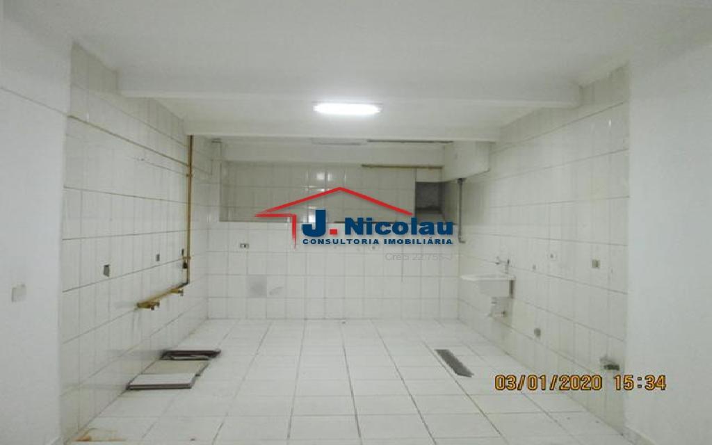 J NICOLAU IMOVEIS LOJA CENTRO 21583 LOJA LOCACAO CENTRO,  130m²