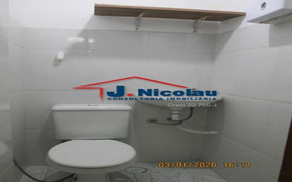 J NICOLAU IMOVEIS LOJA CENTRO 21584 LOJA LOCACAO CENTRO,  130m²