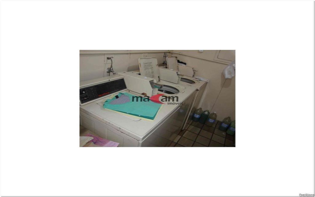 MACAM IMOVEIS Apartamento Moema Indios 15795 Excelente apartamento de alto padrão, em uma ótima localização, há 2 quadras do Shopping Ibirapuera, junto a  farmácias, restaurantes, serviços e comércios em geral.    Apartamento com  50m², com 1 dormitório, banheiro, hall, sala com 2 ambientes e cozinha, totalmente mobiliado em alto padrão, 1 vaga coberta na garagem,  lavanderia: Lava e Seca (Inclusa na Taxa de Condomínio), TV a Cabo com 70 Canais (NET), já inclusa na taxa de condomínio.   Edifício com sistema de segurança e lazer completo: piscina, sauna, sala de ginastica, sala de estar, salão de festas.  Valor total do pacote R$ 3.023,74