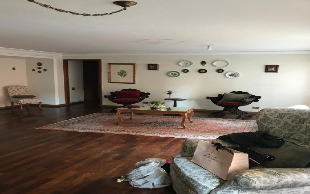 Apartamento VENDA em Moema Pássaros, 131m²