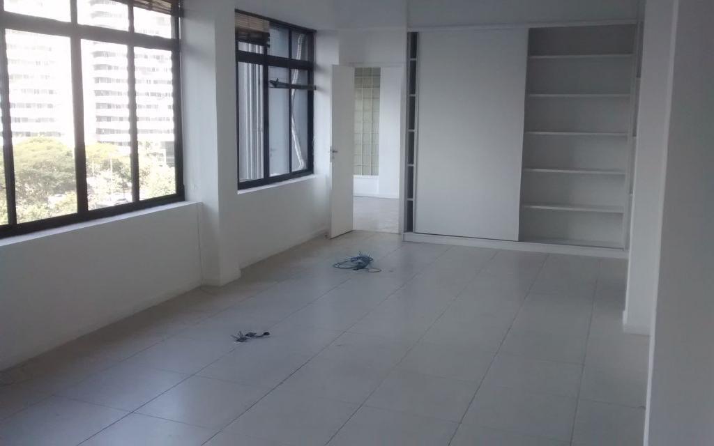 Conjunto LOCAÇÃO com 145m², há 5 minutos do Metro Paraíso
