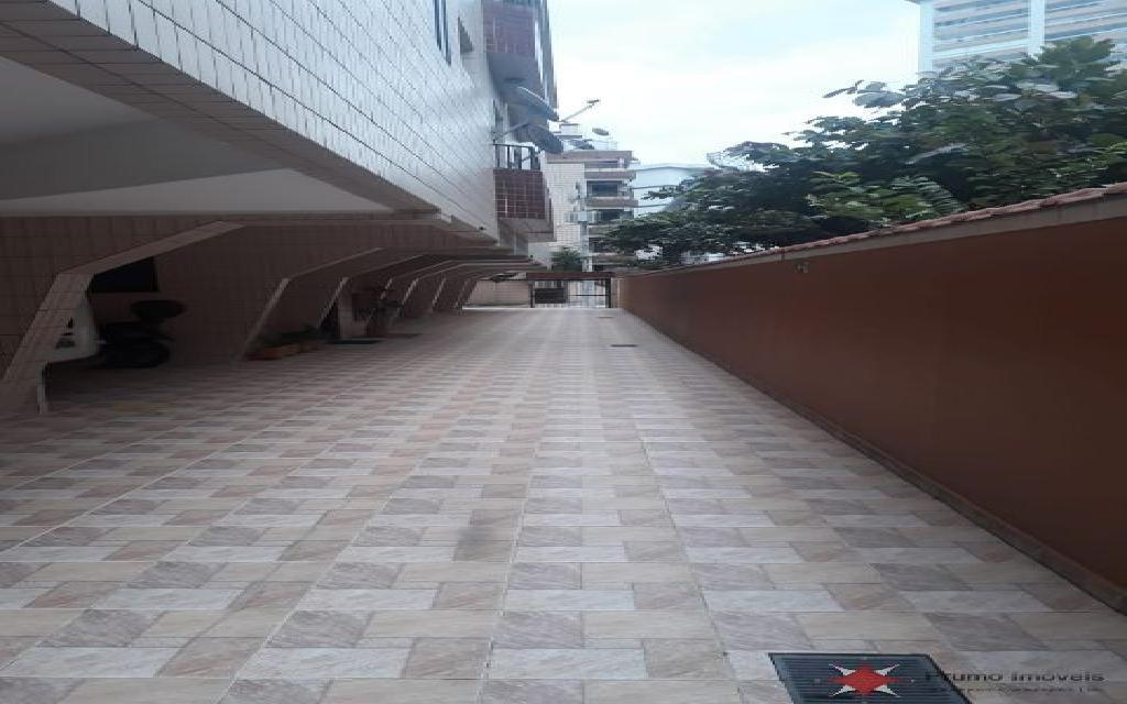 PRUMO IMOVEIS APARTAMENTO Vila Guilhermina 11829 1 DORMITÓRIO, SALA, COZINHA PLANEJADA, LAVANDERIA, 2 VAGAS DE GARAGEM, PISO FRIO, BANHEIRO COM BOX, A 1 QUARTEIRÃO E MEIO DA PRAIA, PRÓXIMO A FEIRINHA
