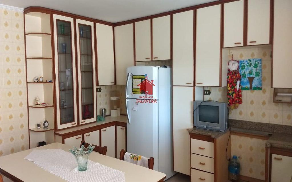 TALAVERA SOBRADO Osvaldo Cruz 5217 3 Dormitórios, 1 Suites, 3 Vagas, Area de Servico, Churrasqueira, Cozinha, Lavabo, Quintal, Sala, Sala 2 ambientes.