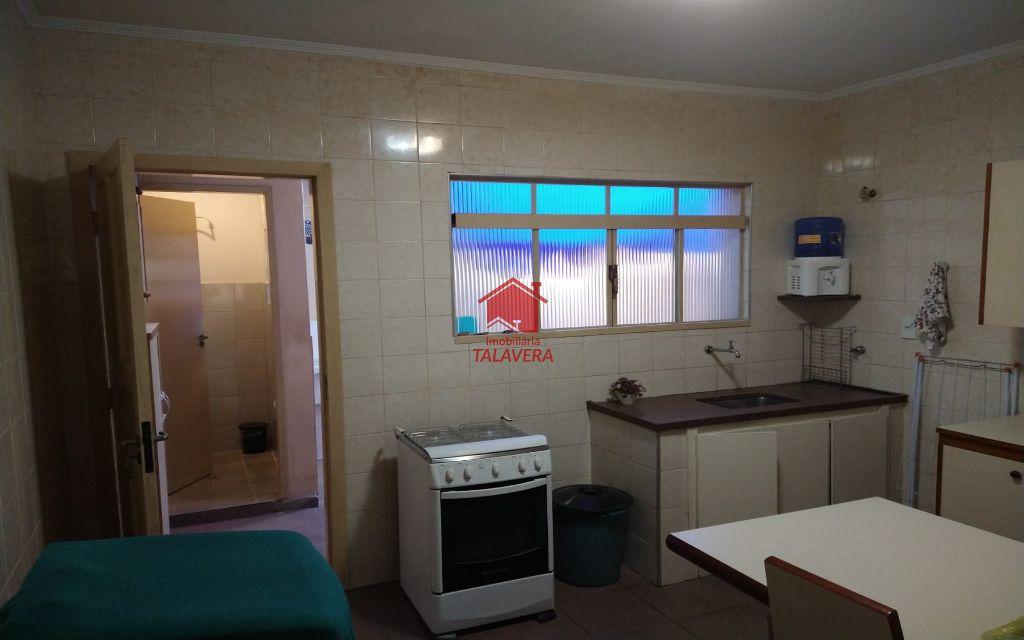 4c35bbc1-4fad-4ab3-8ec8-56ab80c7fbbb-TALAVERA SOBRADO Santa Paula 9864 ACEITA PROPOSTA!!!!!  Sobrado bem localizado! 02 dormitórios, 02 banheiros, 01 sala, 01 cozinha, 01 área de serviço, 01 varanda bem ampla no dormitório da frente e 01 vaga.
